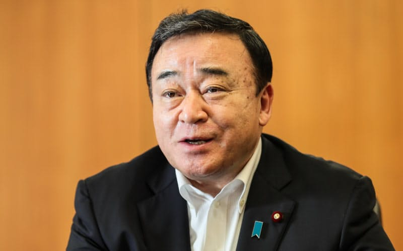 梶山経産相の父・静六氏は菅氏の「政治の師」でもある