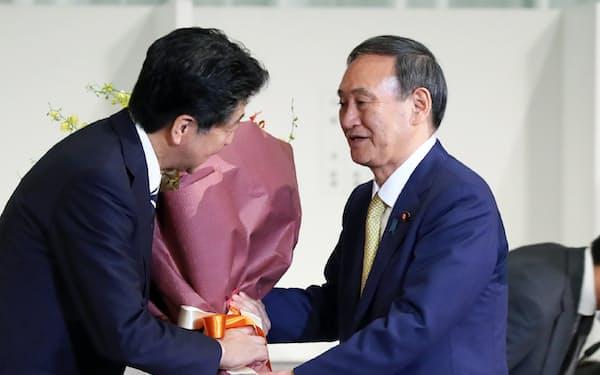 「安倍政治の継承」を掲げる菅義偉首相だが、規制改革のスタンスは異なる