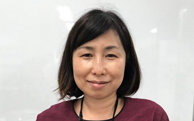 愛媛大の岡靖子就職支援課長