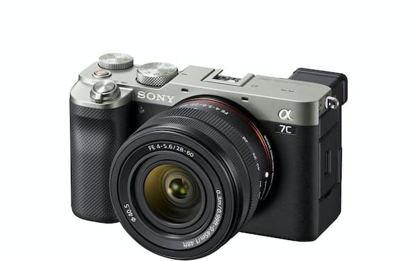 α7Cはフルサイズの画像センサーを搭載しつつ、世界最小・最軽量のボディーに仕上げた