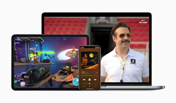 アップルは音楽や動画配信、ゲームの遊び放題サービスなどをまとめて割安に販売する