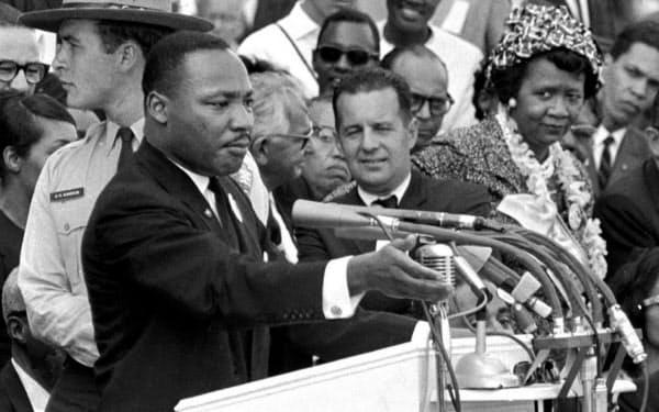 「私には夢がある」。歴史的なスピーチを行った公民権運動の指導者、キング牧師(1963年8月)=AP