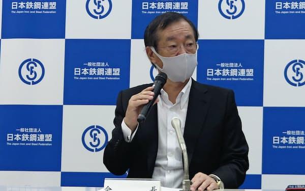 日本鉄鋼連盟(鉄連)の橋本英二会長(17日、東京都中央区)