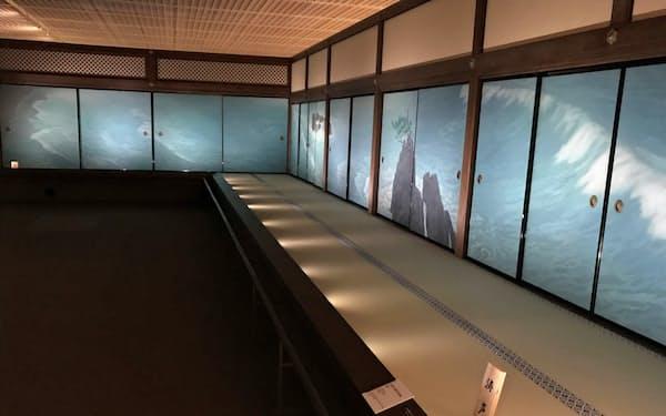 東山魁夷障壁画展の様子