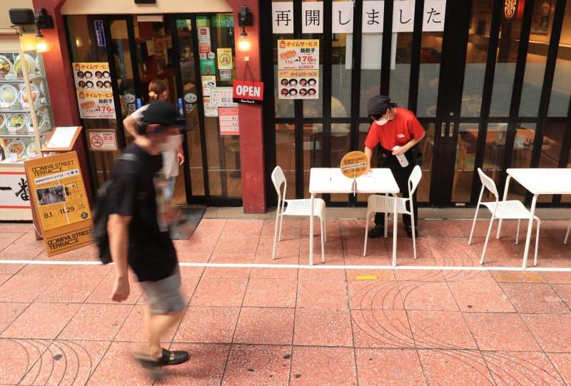 基準緩和でテラス席の設置が広がっている(さいたま市で)