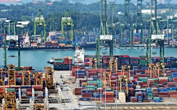 シンガポールの輸出は3カ月連続で前年同月比プラスに(写真はシンガポール港)