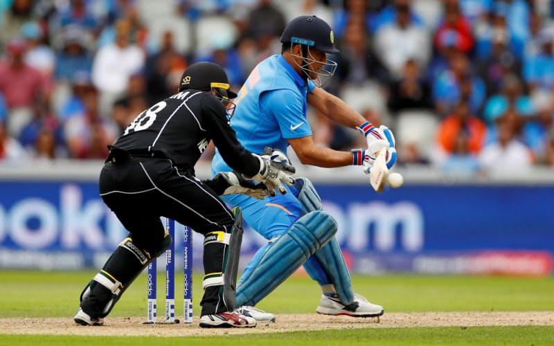 ドリーム社が運営するアプリでは、インドの国民的スポーツのクリケットなどが対象だ=ロイター