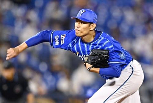 6回無失点で6勝目を挙げたDeNA・井納(18日、横浜)=共同
