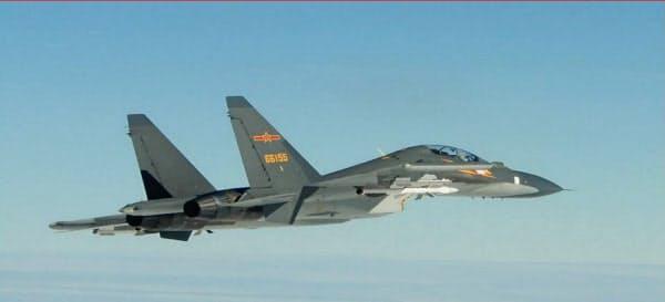 台湾周辺で、中国軍戦闘機の挑発が続いている=台湾国防部提供