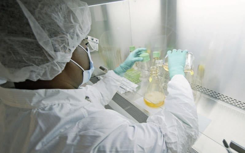 コロナ抗体医薬、開発急ピッチ 米では治験最終段階