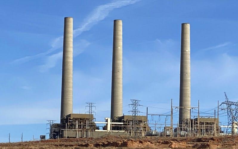 全米で石炭発電所の閉鎖が相次ぐ(19年末に閉鎖したアリゾナ州の火力発電所)
