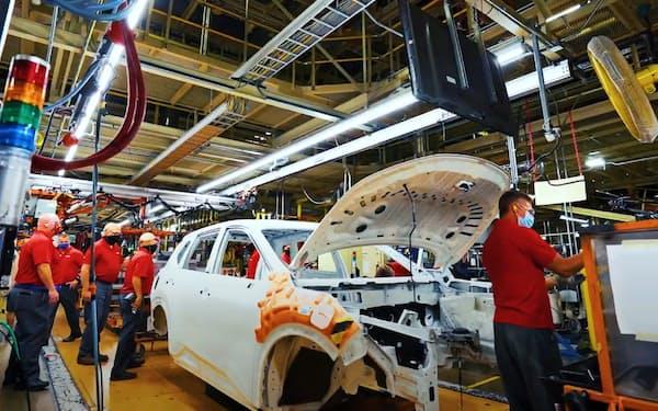 日産は7年ぶりにSUV「ローグ」を全面改良した(テネシー州の完成車工場)