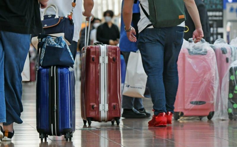 全世界から新規入国再開へ 在留資格もつ外国人対象