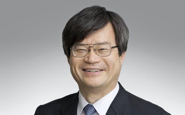 天野浩教授らはワイヤレス給電のアンテナの性能を向上する技術を開発した