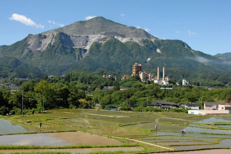 現在の武甲山(2019年6月)=武甲山資料館提供
