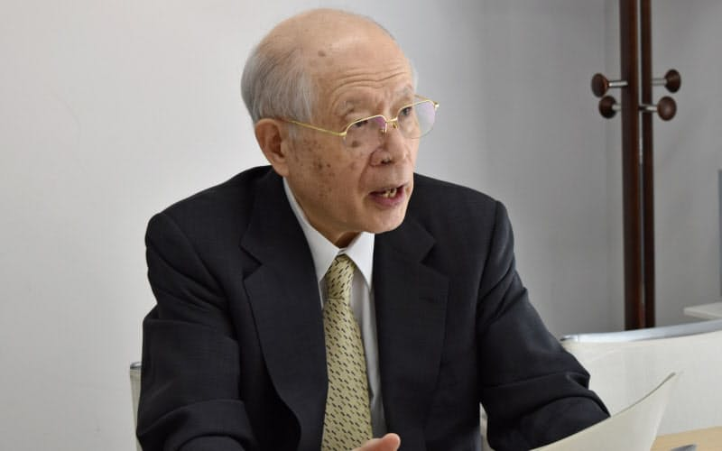 野依良治氏は若手研究者が活躍できる研究環境の整備を訴える