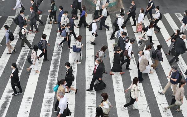 職探しをする人は増えているが、企業は新規採用に慎重だ