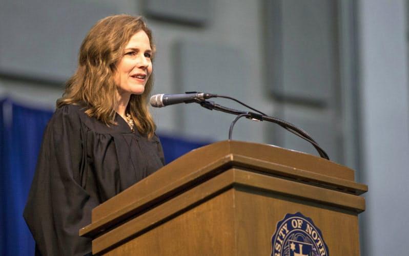 トランプ氏、米最高裁判事に保守派女性の指名強行へ