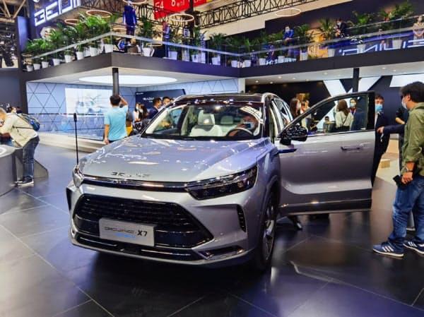 北京汽車集団はSUVのプラグインハイブリッド車を発表した