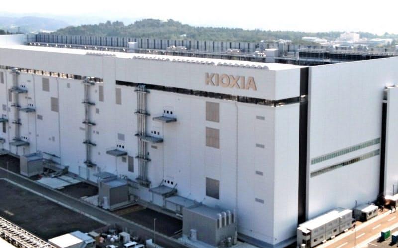 キオクシア、上場延期へ 米のファーウェイ規制影響