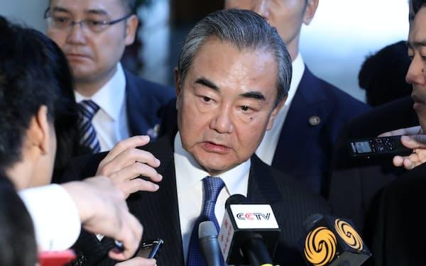 中国・王毅外相の来日は菅政権発足後、日中高官が直接対話する最初の機会になる