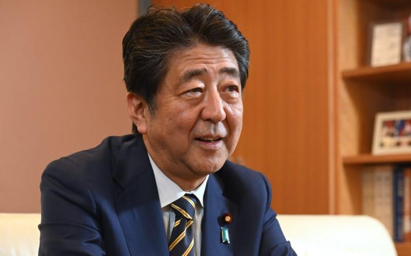 安倍前首相「菅氏、ずいぶん前から後継資格者」