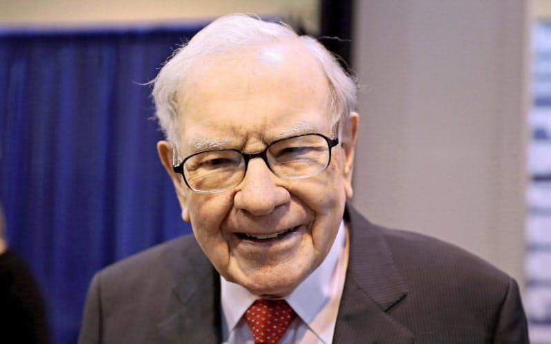 米著名投資家ウォーレン・バフェット氏率いる米バークシャー・ハザウェイは、日本の5大総合商社株を取得した=ロイター