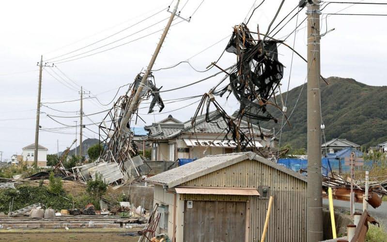 大型台風などの被害が相次ぐ(千葉県南房総市)