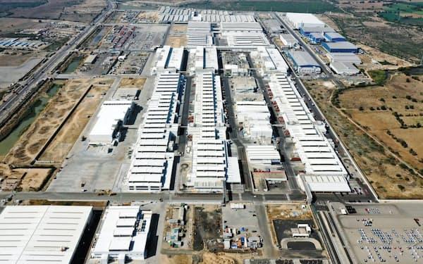 グジャラート工場は8月中旬、昼・夜の2勤体制を再開し、稼働率を上げている