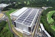 既存の物流施設の屋根を借りて太陽光発電を始めた(千葉県印西市)