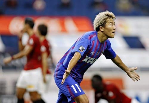 浦和―FC東京 前半、先制ゴールを決め駆けだすFC東京の永井=共同