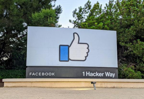 傘下 facebook