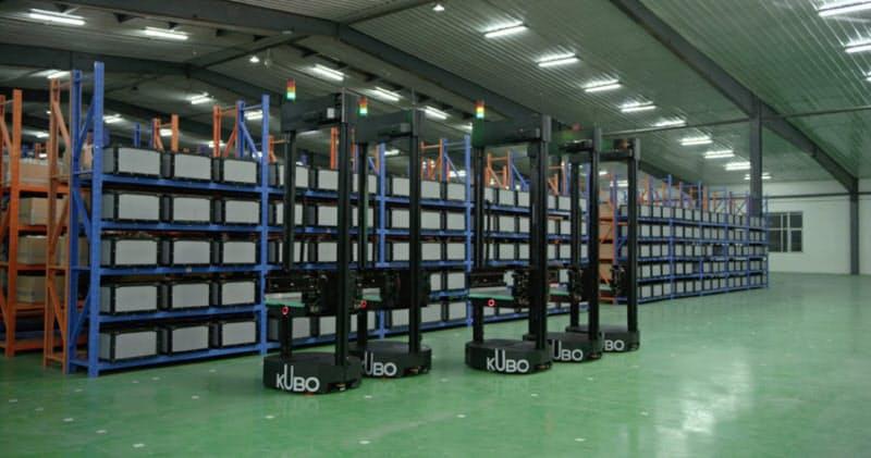 ロボットなどを活用して倉庫を自動化することで作業効率を上げる(海柔創新提供)