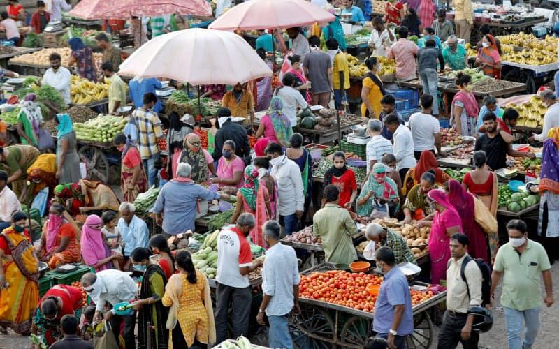 インドでは食品が値上がりしている=ロイター