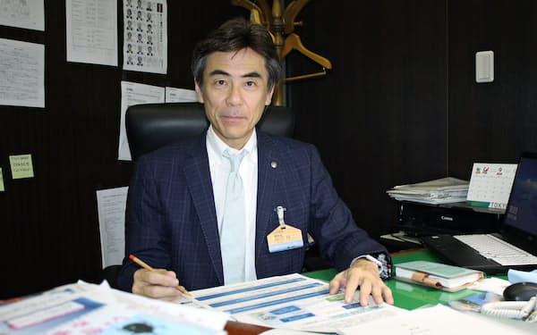 最終面接で初めて氷見市を訪れ「食や景観など観光資源の多さを知った」という篠田副市長