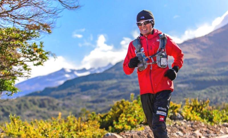 2016年チリ・パタゴニアのレース。胸突き八丁の約100キロ地点を駆け抜ける