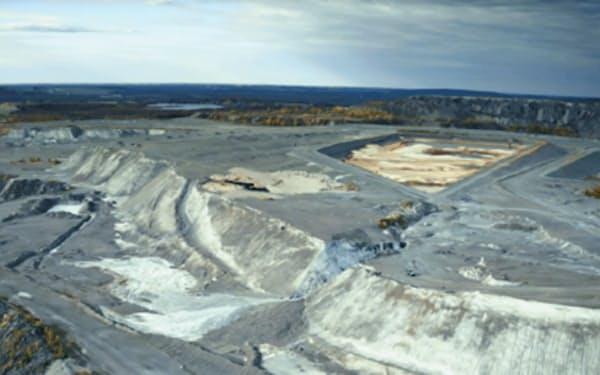 ケベック州にある鉱山廃棄物の山。マグネシウムを含む