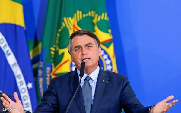 ブラジルのボルソナロ大統領(9月16日、ブラジリア)=ロイター