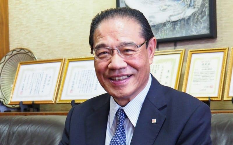 大分県信用組合の吉野一彦理事長(6日、大分市)