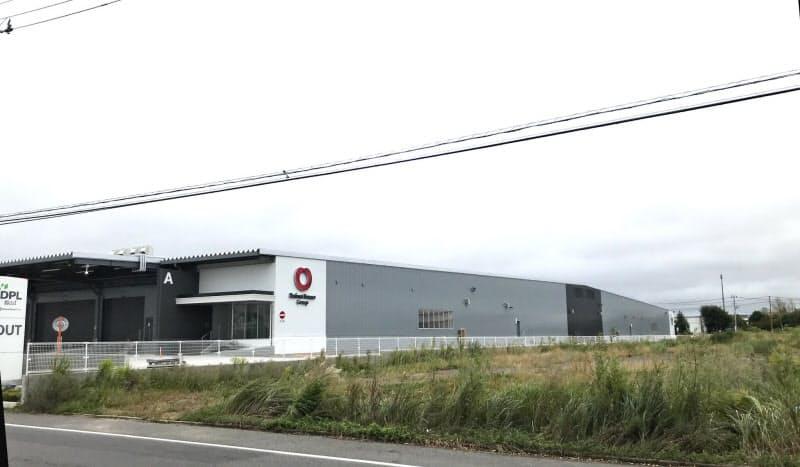 大和ハウス工業の大型物流施設。当初は右奥にもう1棟建設する予定だった(福島県郡山市の中央工業団地)
