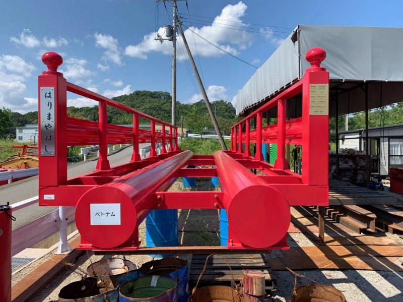 井上石灰工業が10月末、ベトナムに試験輸出する高知丸高の橋梁
