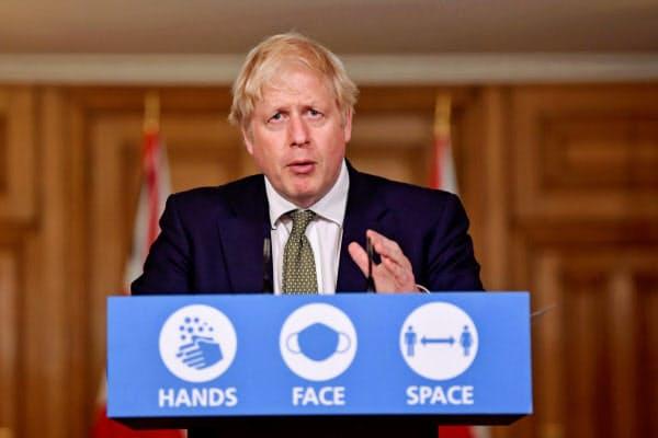 ジョンソン英首相は「新型コロナの戦いの重要な段階に入っている」と語った=ロイター