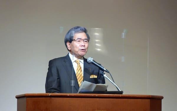 熊本市で開かれた震災復興シンポジウムに出席した熊本県の蒲島郁夫知事