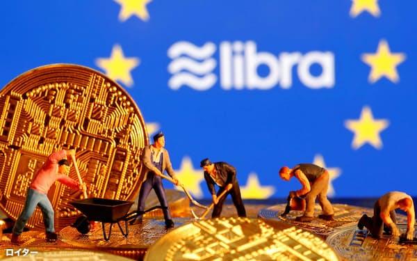 リブラなど民間の動きを受け、各国の中銀もデジタル通貨の導入の検討に入っている=ロイター