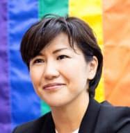 むらき・まき 社会保険労務士。京都大学総合人間学部卒業。大手製造企業などを経て、2012年虹色ダイバーシティを設立、代表に。13年から認定NPO法人。企業にLGBT対応を助言する事業や、企業や自治体などでの講演、調査研究を手掛ける
