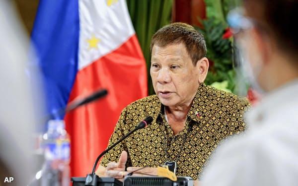フィリピンのドゥテルテ大統領(9月28日、マニラ)=AP