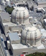 関西電力大飯原発の3号機(奥)と4号機(福井県おおい町)