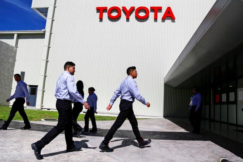 トヨタはメキシコ中部の工場を拡充する(2月、グアナフアト州アパセオエルグランデ)=ロイター