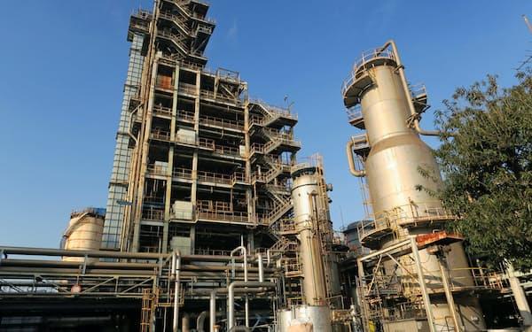 廃プラをガス化するプラントの建設を進める(昭和電工川崎事業所)