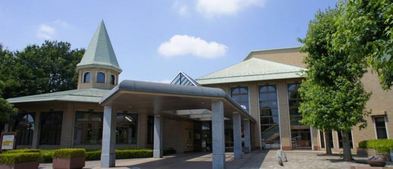 10月から電子図書館の運用を始めた鶴ケ島市立図書館